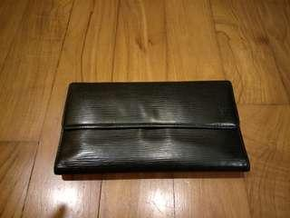 🚚 Authentic Louis Vuitton Epi Leather Long wallet