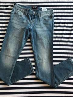 Authentic Guess Low rise jegging