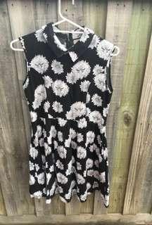 LEONARD ST quirky dress pockets