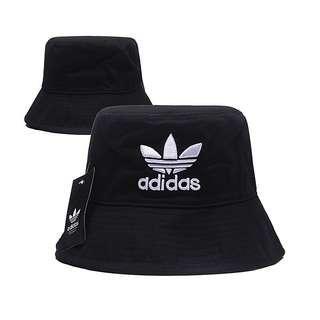🚚 PO Adidas Buckethat