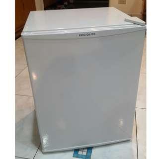 二手 美國富及第【Frigidaire】一級節能電冰箱 容量67L FRT-0671MW 已過保