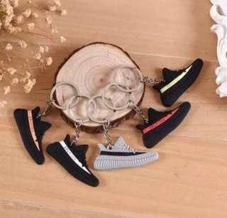 4e4288d1 yeezy 350 | Accessories | Carousell Singapore