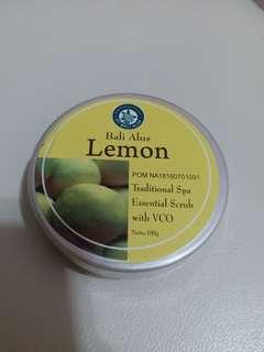 Traditional Spa Essential Scrub Lemon
