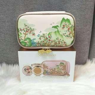 Sulwhasoo limited edition Peach Blossom Spring Utopia makeup bag