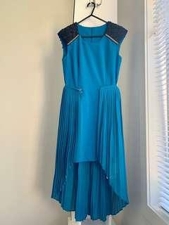 Nice blue dress (2 ways dressing)