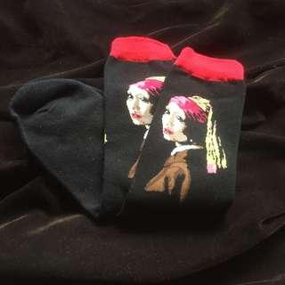 Lady with a pearl earring socks painting