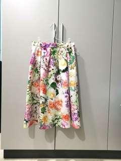 🚚 Long Floral Skirt