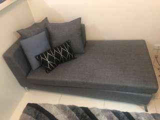 Couch with 3 pillows