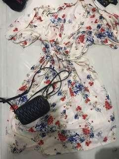Flowery dresses ~ up to XL