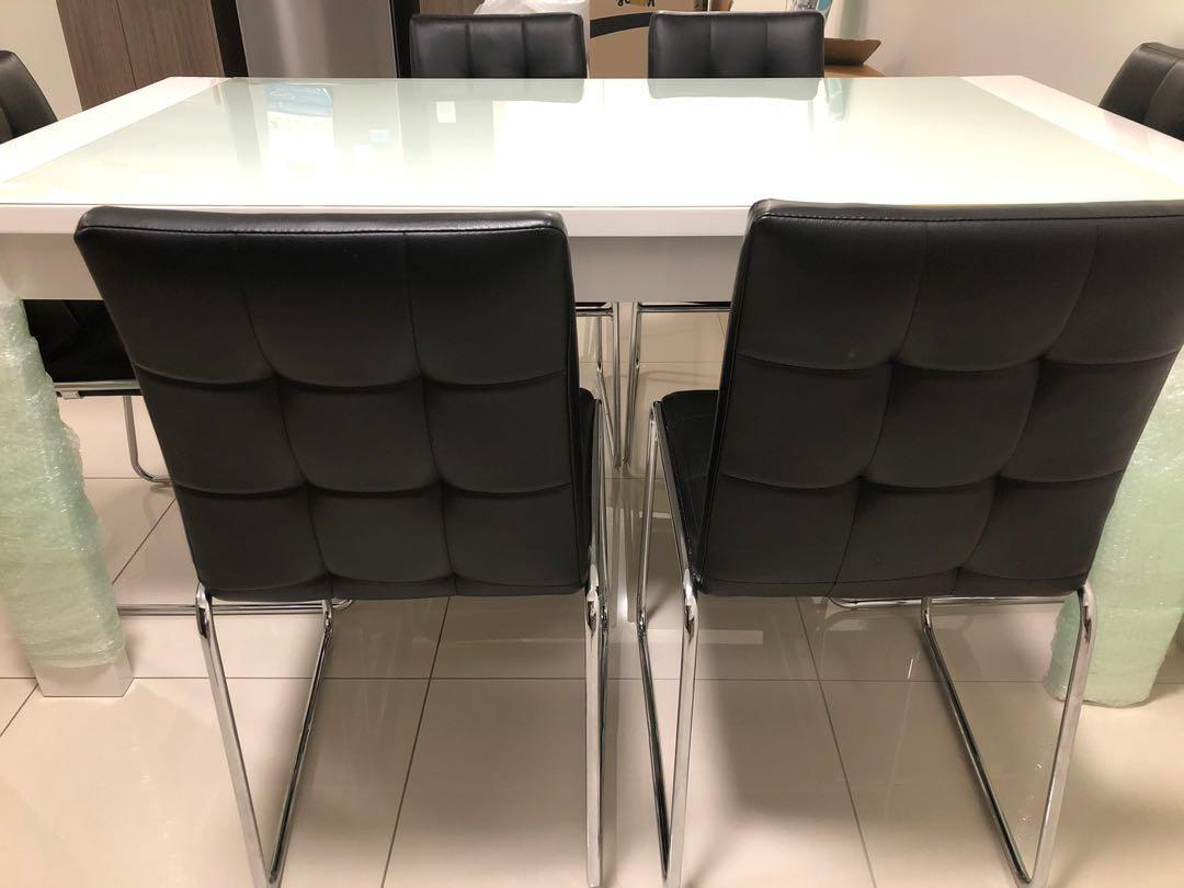 6seater glass dining table including chairs