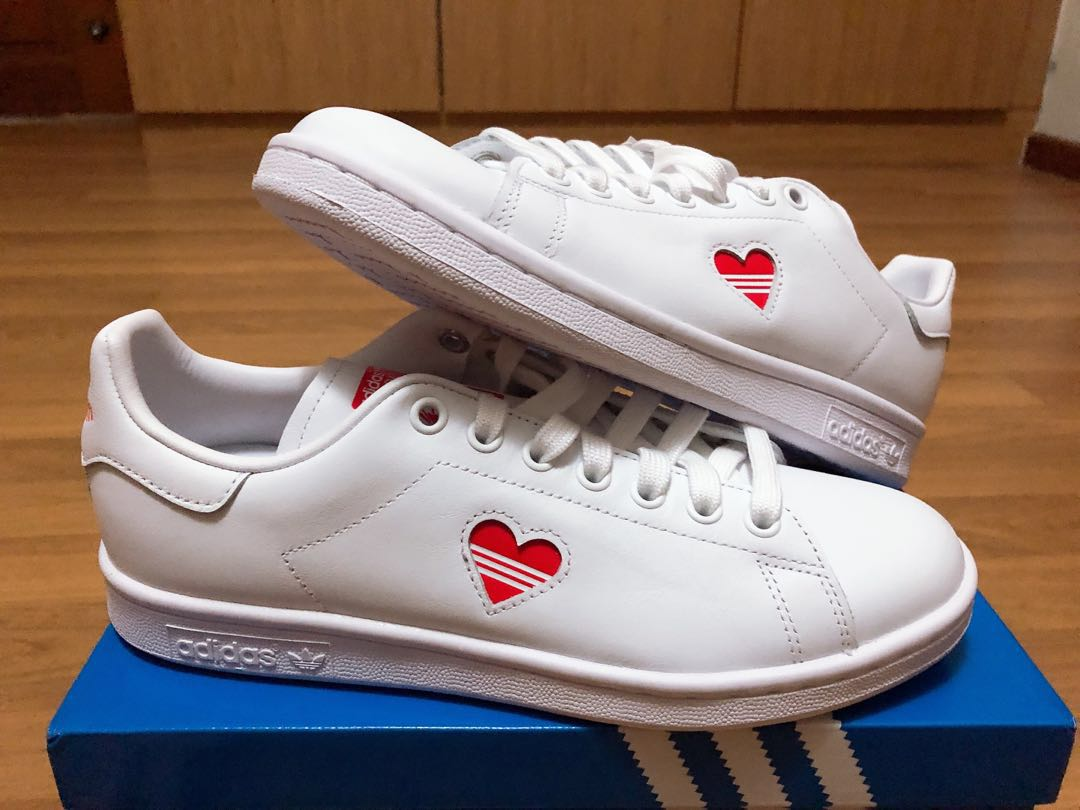 lowest price b0858 a5fd5 Adidas Stan Smith Valentines, Women's Fashion, Shoes ...