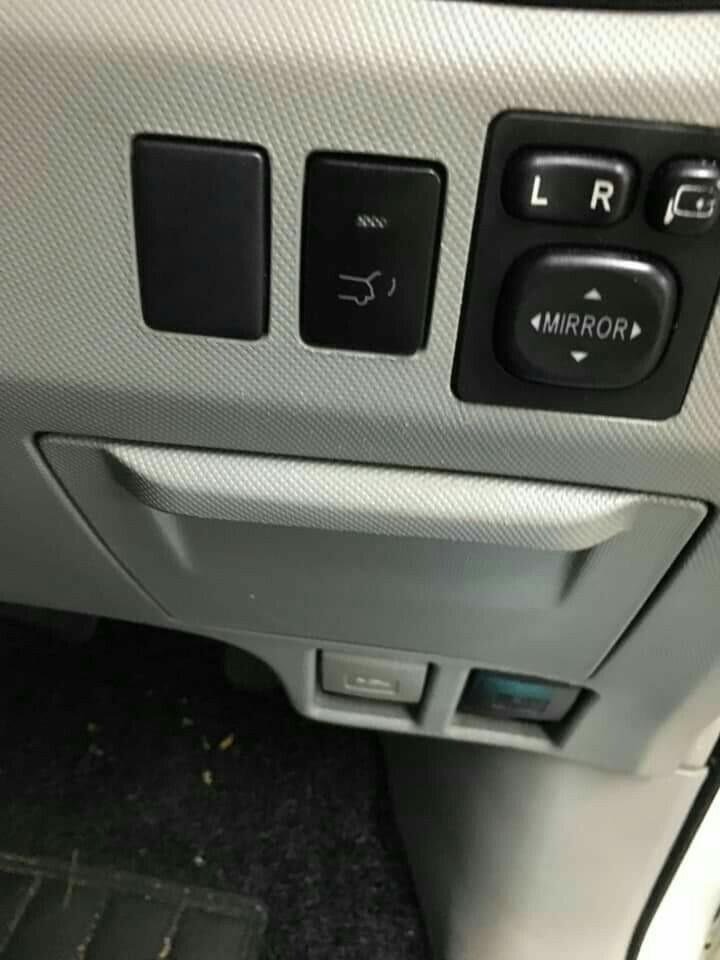 Auto Tailgate / Power Boot for Toyota Estima / Previa