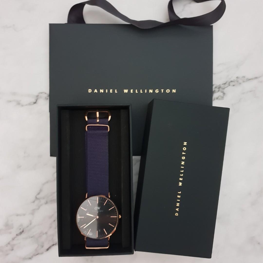 c7d95bfaf393 Daniel Wellington DW Classic Black Bayswater 40mm Watch