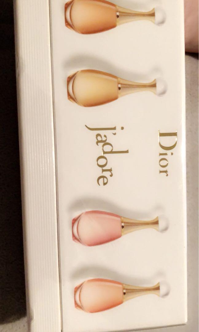 Dior miniature perfume set