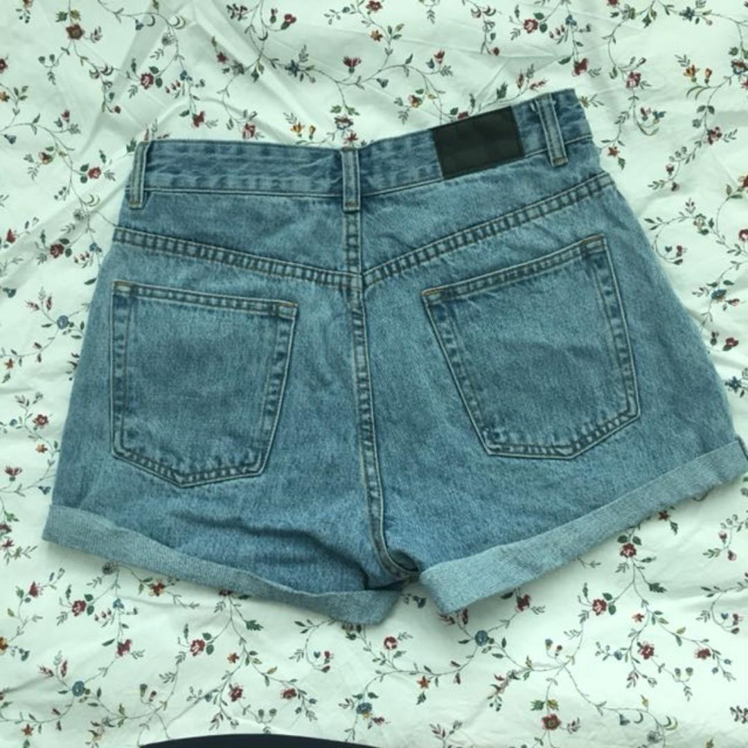 Glassons Mom Shorts in Vintage Venice Wash Blue (Size 10)