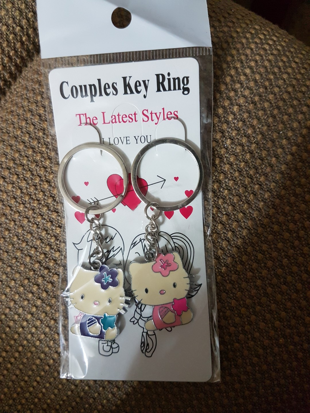 d0b674b8b Hello Kitty Couples Key Ring., Everything Else on Carousell