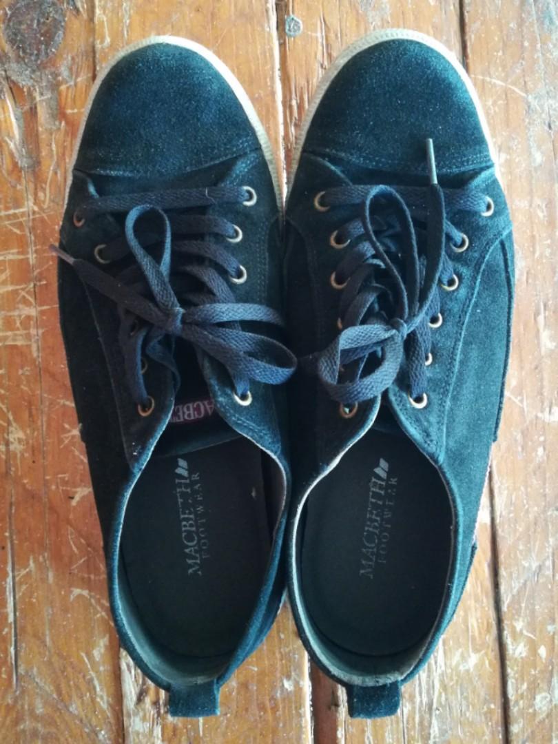 Macbeth Sneakers
