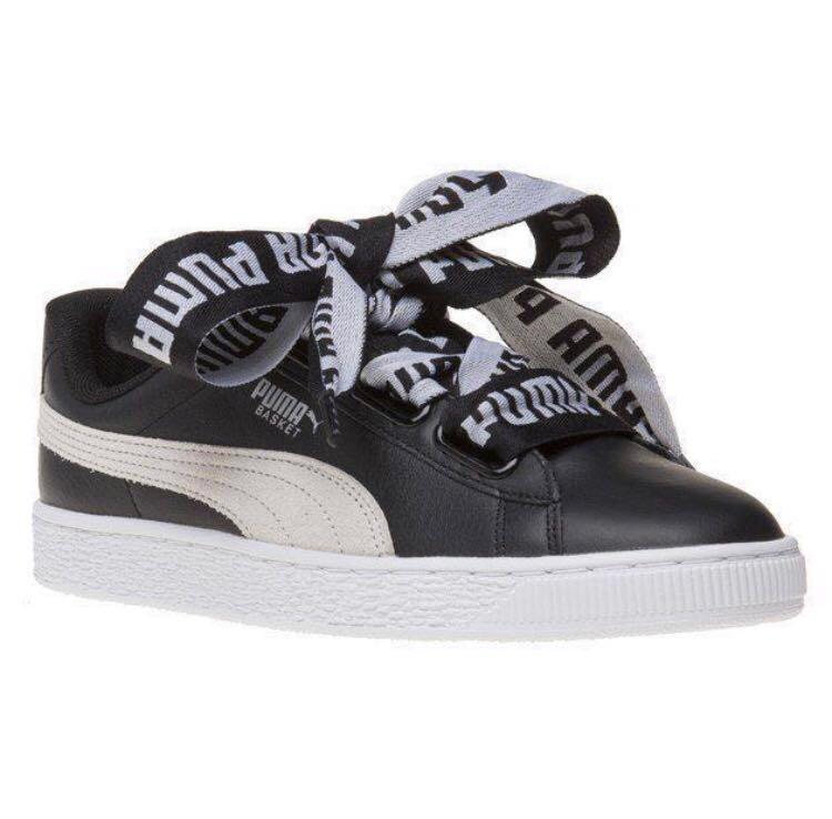 wholesale dealer 8c453 ac398 Puma Fenty Basket heart DE Black, Women's Fashion, Shoes ...