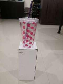 🚚 Tumbler with straw
