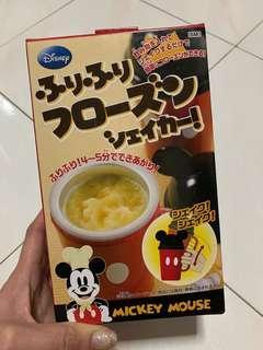 🚚 Hong Kong Disneyland Mickey Slushie Maker