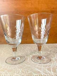 2 Cocktail Glasses