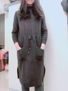 🚚 深灰色及膝洋裝 可單穿 也可搭legging