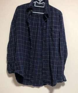 🚚 FCFS: authentic brandy melville blue grid wylie flannel