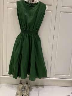 綠色長身裙