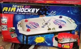 Air hockey 氣墊球 可乾濕電兩用 童年冒險樂園 必玩 party room