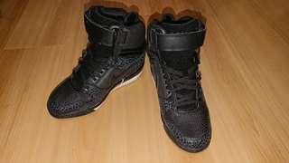 全新Nike 波鞋