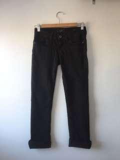 Black skinny jean size 25