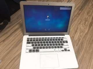 MacBook Air 13inch 2.2ghz i7 core
