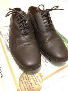 Authentic camper leather shoe