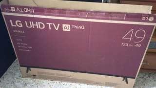 🚚 Empty tv carton box with foam