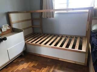 🚚 Ikea Kura bed FREE