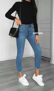 Skinny Jeans with accecories