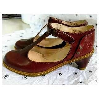 Dr Martens 丁字 T字 高踭 啡色 皮鞋  size:EU36 UK3 #MTRkt