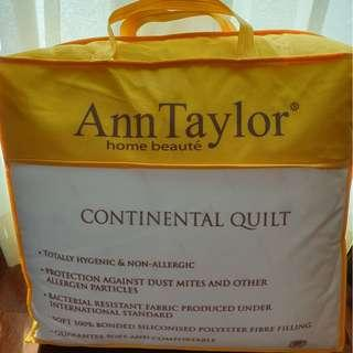 Brand new Ann Taylor Queen Size Continental Quilt For Sale