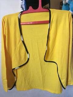 Cardigan Kuning