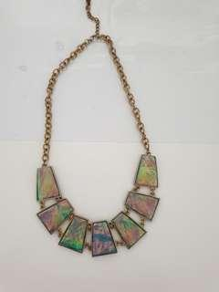 🚚 Foil effect necklace F21