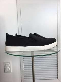 Slip on black shoes women