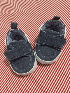 (preloved) PRIMARK BABY Prewalker Shoes