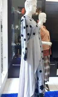 Dress atau gamis syari pesta mewah