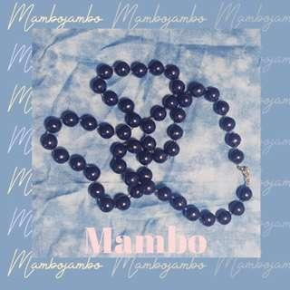 🚚 vintage navy beaded necklace | ☞Mambo☜
