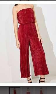 Sports girl red strapless crinkle jumpsuit wide leg
