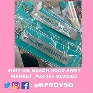 [INSTOCK] WANNAONE SUMMER STORE KEYRING