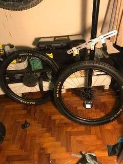 Raceface Turbine R with tyres tubeless
