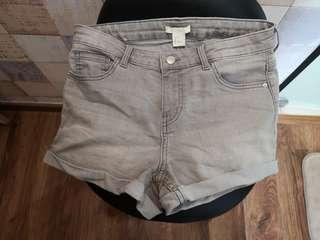 H&m grey denim shorts