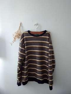 oversized striped pullover