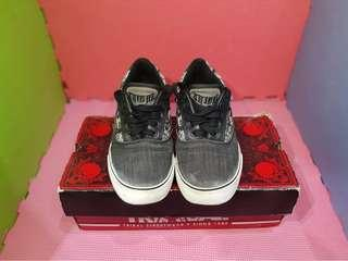 Tribal Shoes Size7